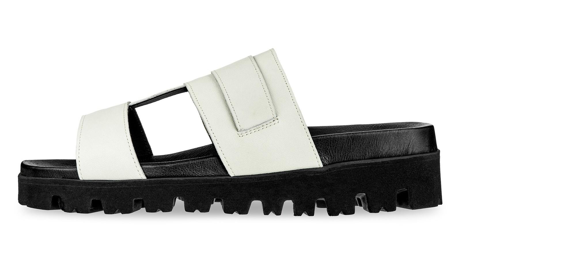 sandali con rialzo